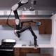 TOYOTA, Yaşlıların Yemeklerini Yapması İçin Bir Robot Yaptı