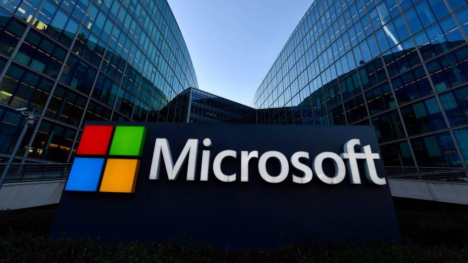Microsoft Siyahi Personel Sayısını İkiye Katlamayı Planlıyor