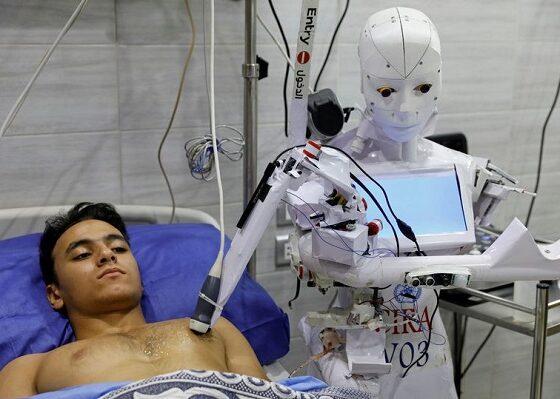 Bu İnsansı Robot Size Korona Testi Yapabilir Ve Kurallara Uymanızı Sağlar
