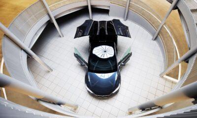 Bir Hacker Saniyeler İçinde Tesla Model X'i Hackledi