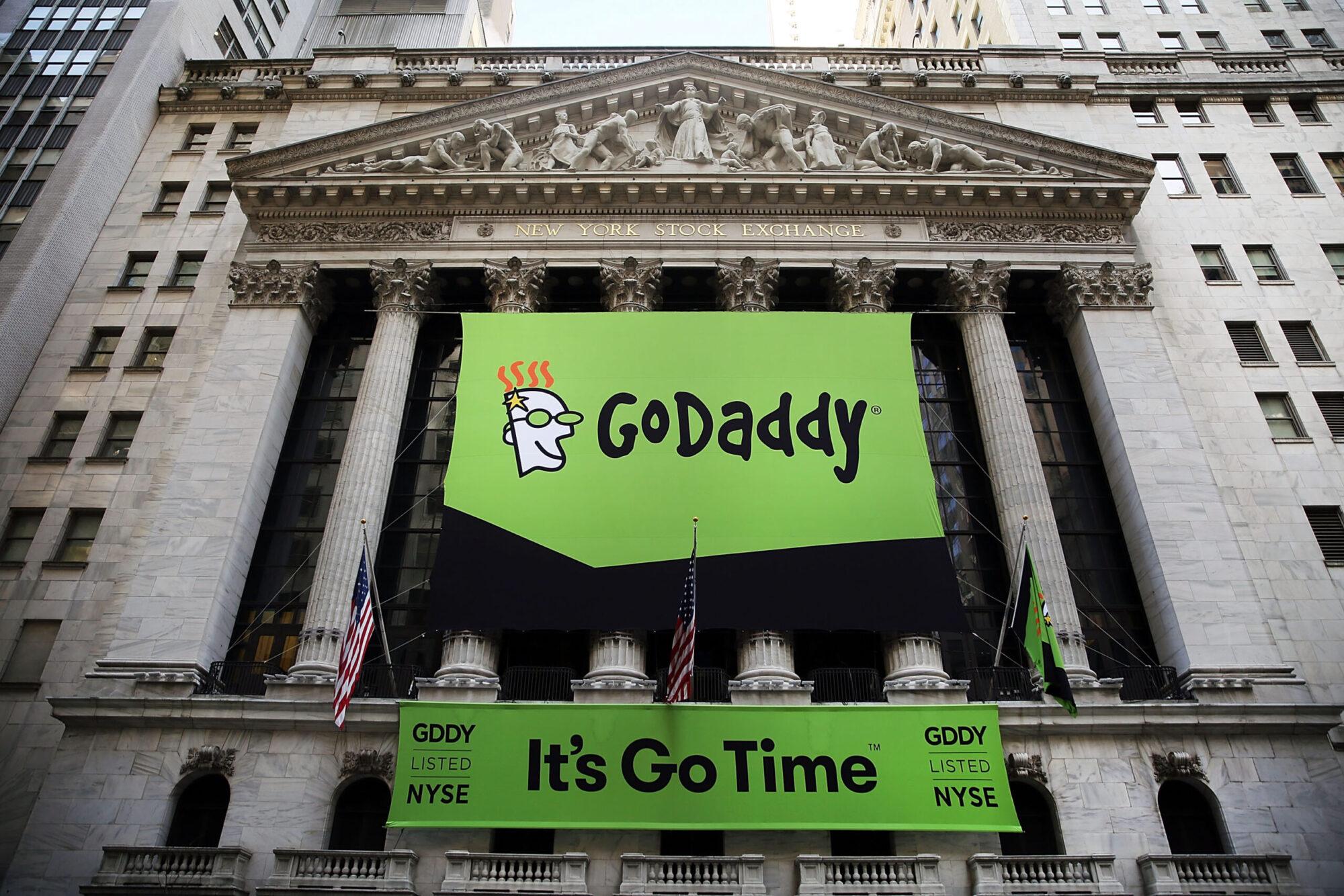 GoDaddy, Hackerların Web Sitelerini Hacklemesine Yardım Etti