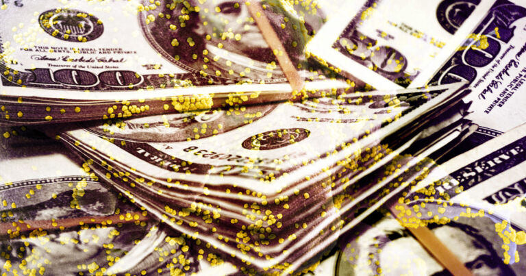 Hırsızlar COVID Bulaştırmak ile Tehdit Ederek Banka Soydu