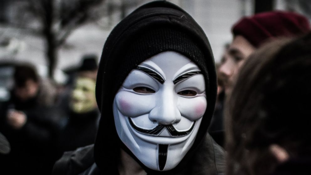 Ünlü Hacker Grubu Anonymous Kimdir?